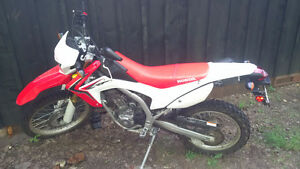 HONDA 2014 CRF250L Just Like New!!!!