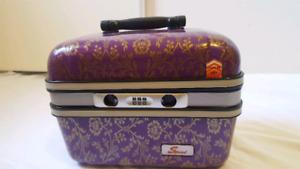Lady train case. Like new