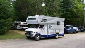 Attention : 1979 GMC 350 Winnebago - completely rebuilt