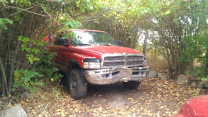2000 Dodge Power Ram 1500 Pickup Truck 4 x 4