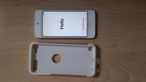 Brand New 6th Generation Gold IPod Touch 32 GB