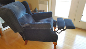 2 Fauteuils inclinables 50$ chaque