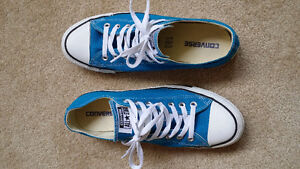 Converse All Star women's size 11 - Men size 9