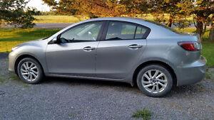 2013 Mazda Mazda3 GS-SKY Sedan