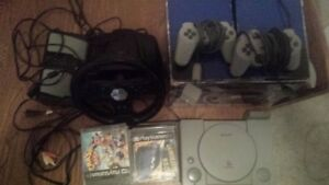 ps1 with Accessoriesand games works great