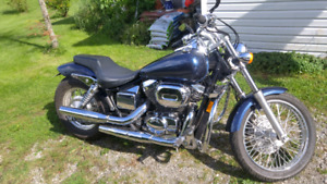 2001 Honda shadow spirit 750.