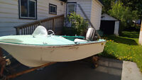 1960s riegger runabout. 40hp Selectric w parts ,motor + trailer