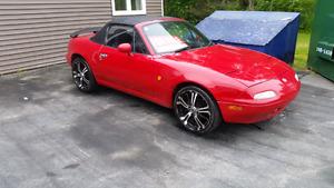 Mazda Miata Roadster (1990)