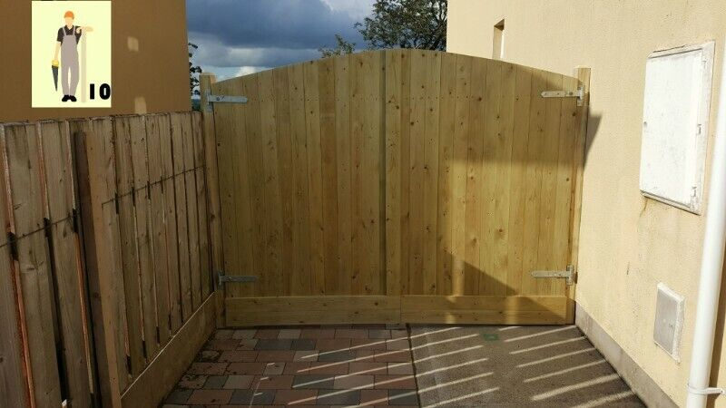 House Garden and Driveway Gates and Fencing