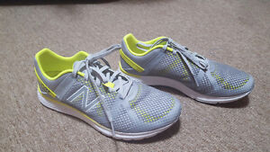 New Balance Cross Trainers  size 8