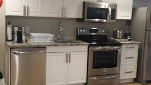 IR MILITARY COMPLIANT UPPER UNIT 1BDRM- JULY 1- MINS to CFB/RMC