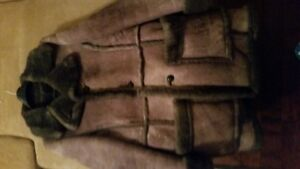 VINTAGE COZY, WARM, SHEEPSKIN COAT FOR CHEAP!!!