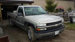 2002 Chevrolet C/K Pickup 1500 Pickup with plow