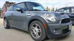 2007 Mini Cooper S with turbo 6 speed manual and great condition