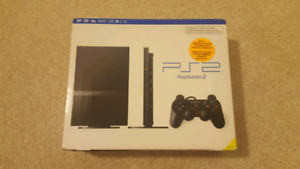 Boxed Ps2 Slim + 2 controllers