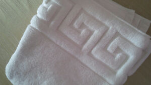 7 Greek Style White Modern Towels - for sale !
