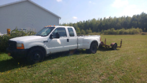 Ford f-350 1999 7.3l turbo diesel 2000$ transmition défectueuse