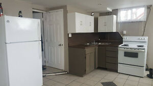 2 BEDROOM APT IN THE WEST END -- ALL INCLUSIVE -- FREE LAUNDRY