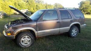 1996 Chevrolet Blazer 4.3L FOR PARTS Kitchener / Waterloo Kitchener Area image 1