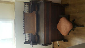 Antique Piano and Pump organ