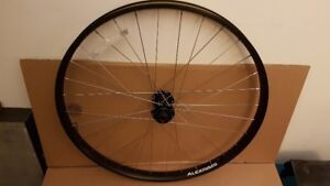 GT alterra 27.5+ bicycle wheelset with wtb trailblazer 2.8 tires
