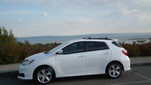 2011 Toyota Matrix S-AWD Aut. 2.4lt.
