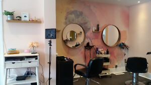 ** Salon Chair for Rent **