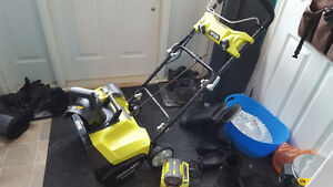 Small battery-powered snow blower - barely used