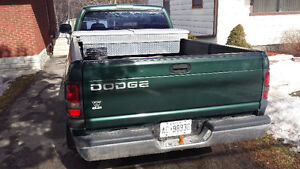 1998 Dodge Power Ram 1500 Coupe (2 door)