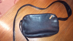 Black Simple Leather Perlina Bag - for sale !