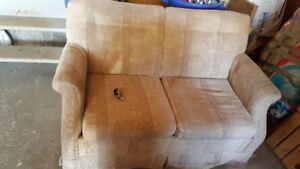 Loveseat sofa hideabed *** PRICE REDUCED