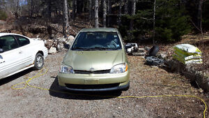 2000 Toyota Echo Sedan - For parts or as a fixer upper