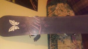 153'' womans burton board