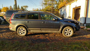 2008 Volvo XC70 PARTING OUT