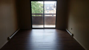Bright, clean 2 bedroom units available Nov 1st