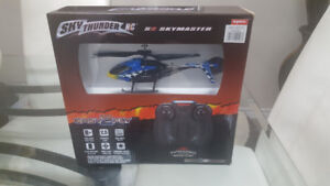 *NEW* Remote Control Helicopter (blue)