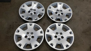 2007 Dodge Charger Factory Hub Caps For Sale Set of 4 17 Inch $9
