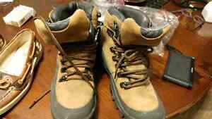 Wellco boots size 6 winter