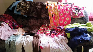 Selling girls clothes 6 months - size5