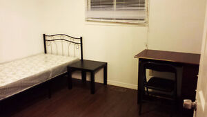 All Inclusive Student Rental 2-3 BR For the Winter & Summer! Kitchener / Waterloo Kitchener Area image 6