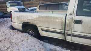 99-06 chev/gmc 8ft box