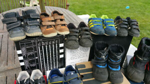 BOYS - Boots, Crocs and running shoes (DIFFERENT SIZES)