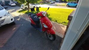 2008 Piaggio (Vespa) Fly 150 Scooter - AS IS (for parts/rebuild)