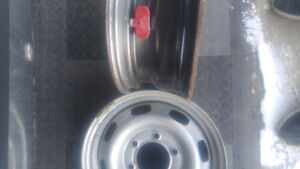 4 15 inch steel rims, with sensors