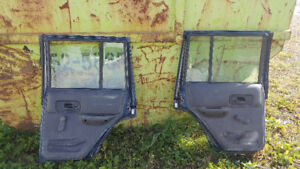 Jeep Cherokee XJ rear doors