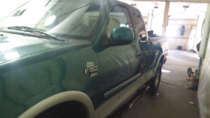 Saftied 98 ford f 150