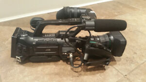 JVC GY-HM750U ProHD Compact Shoulder Camera