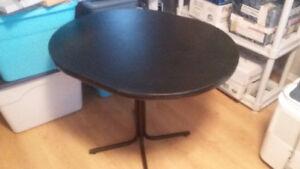 Petite table noir