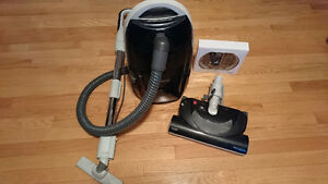 KENMORE CANISTER VACUUM 116.23485C - PRACTICALLY NEW