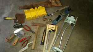 MIX TOOLS ALL FOR $20 CALL 519-673-9819